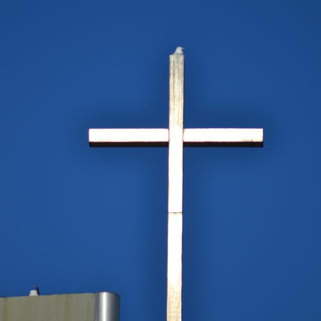 La Croce sulla cima della Chiesa